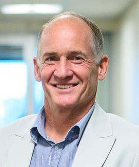 Dr Ian Martin